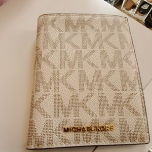 Michael Kors passport holder